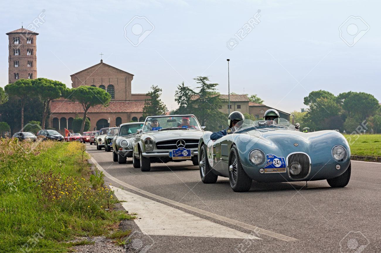 Mercedes benz 280sl car vehicl wrap mercedes benz merced pagoda - Mercedes Car Vintage Racing Car Jaguar C Type 1968 Mercedes Benz