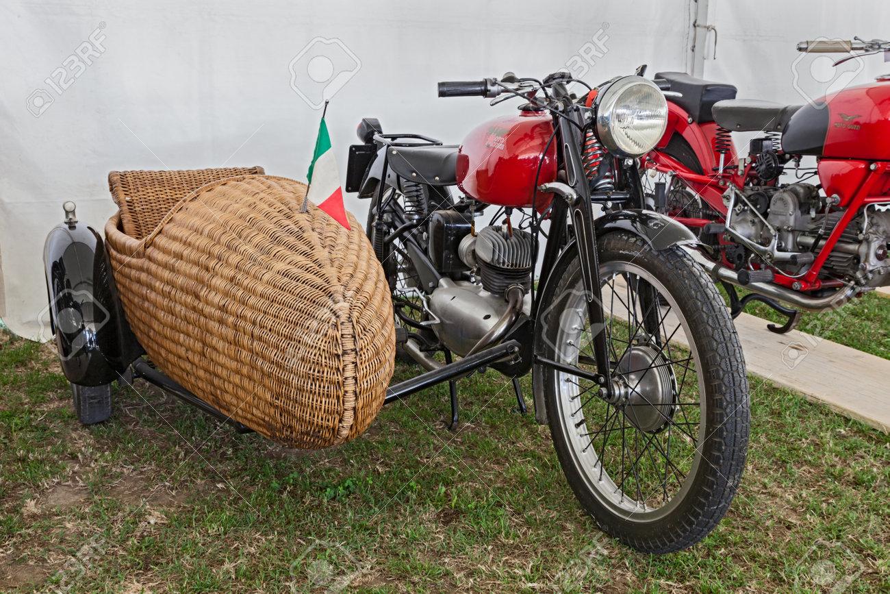 Oldtimer Motorrad Moto Morini 1952 Mit Beiwagen Aus