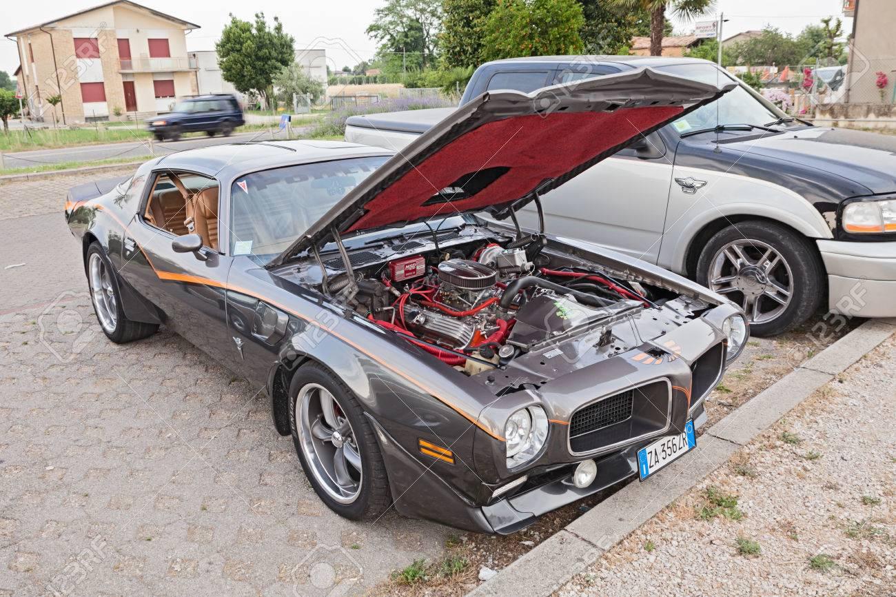 Classic American Sports Car Pontiac Firebird Trans Am Ram Air ...