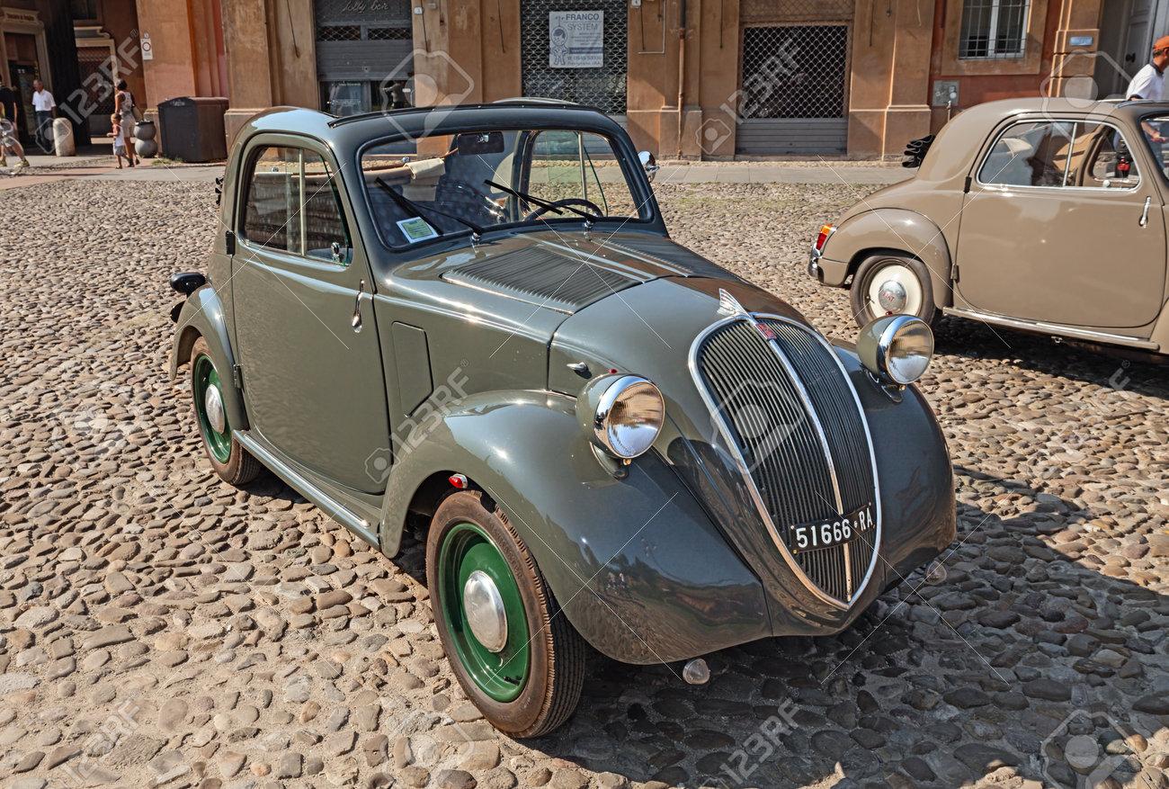 Old Italian Small Car Fiat 500 B Topolino Trasformabile 1949.. Stock ...