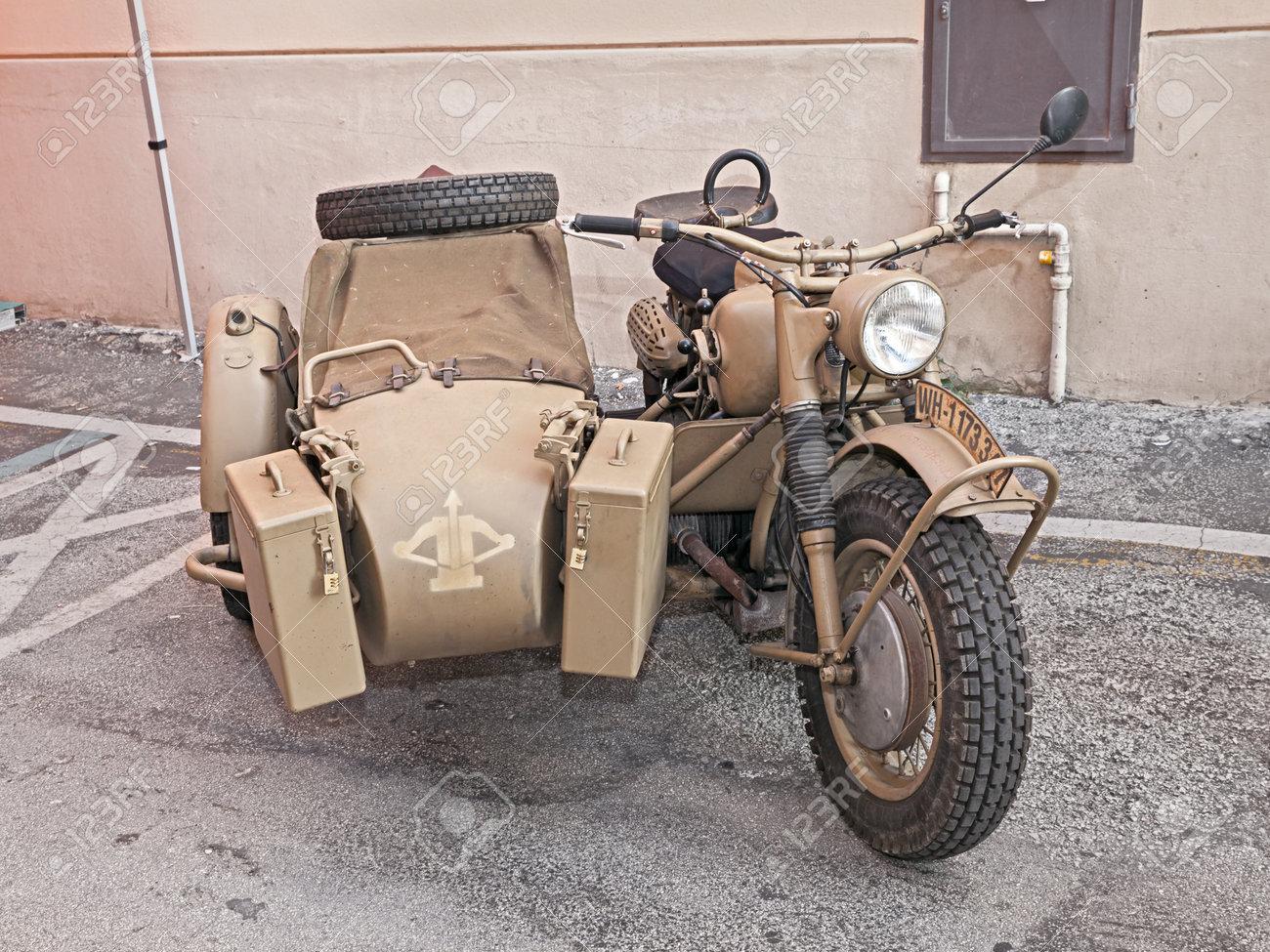 vecchia bmw r75 750 cc, la seconda guerra mondiale era moto con