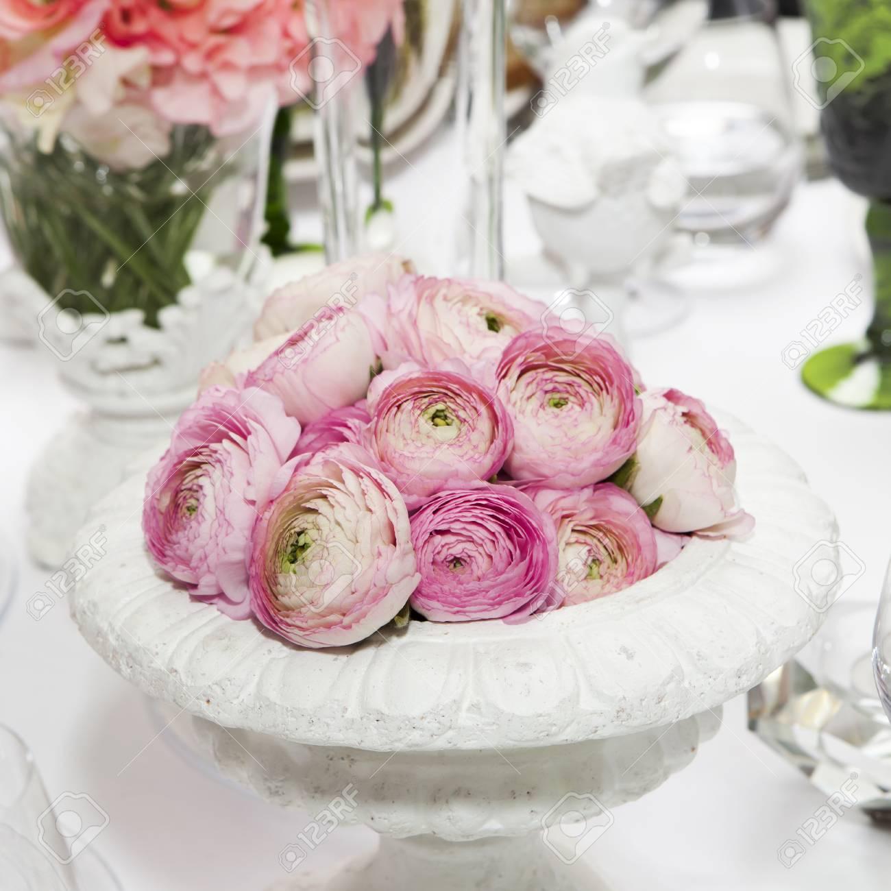 Dekoration Der Hochzeitstisch Rosa Hahnenfuss Persisch Hahnenfuss