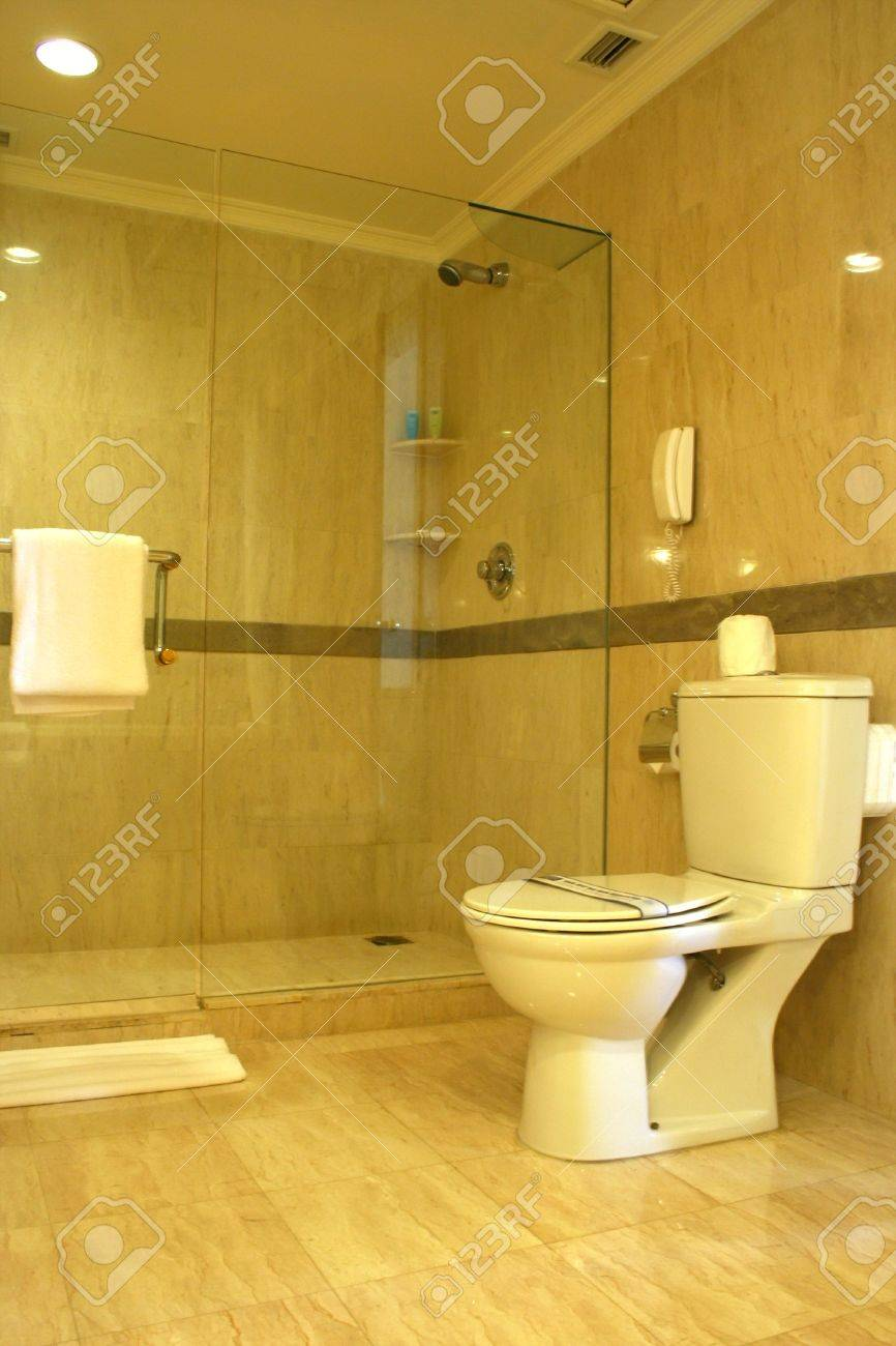 Luxury five star hotel bath room Stock Photo - 4507767