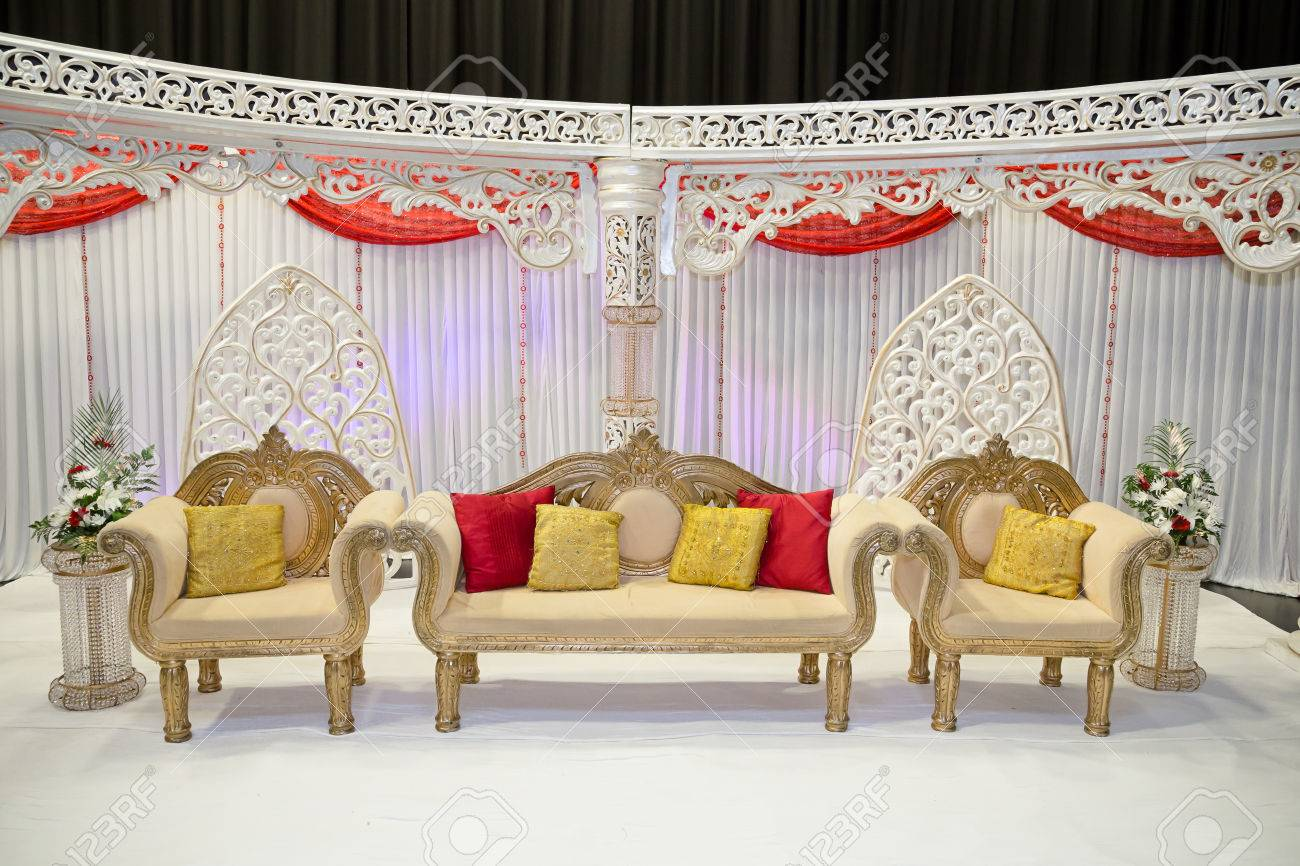 Red And White Themed Wedding Stage Stock Photo Picture And Royalty