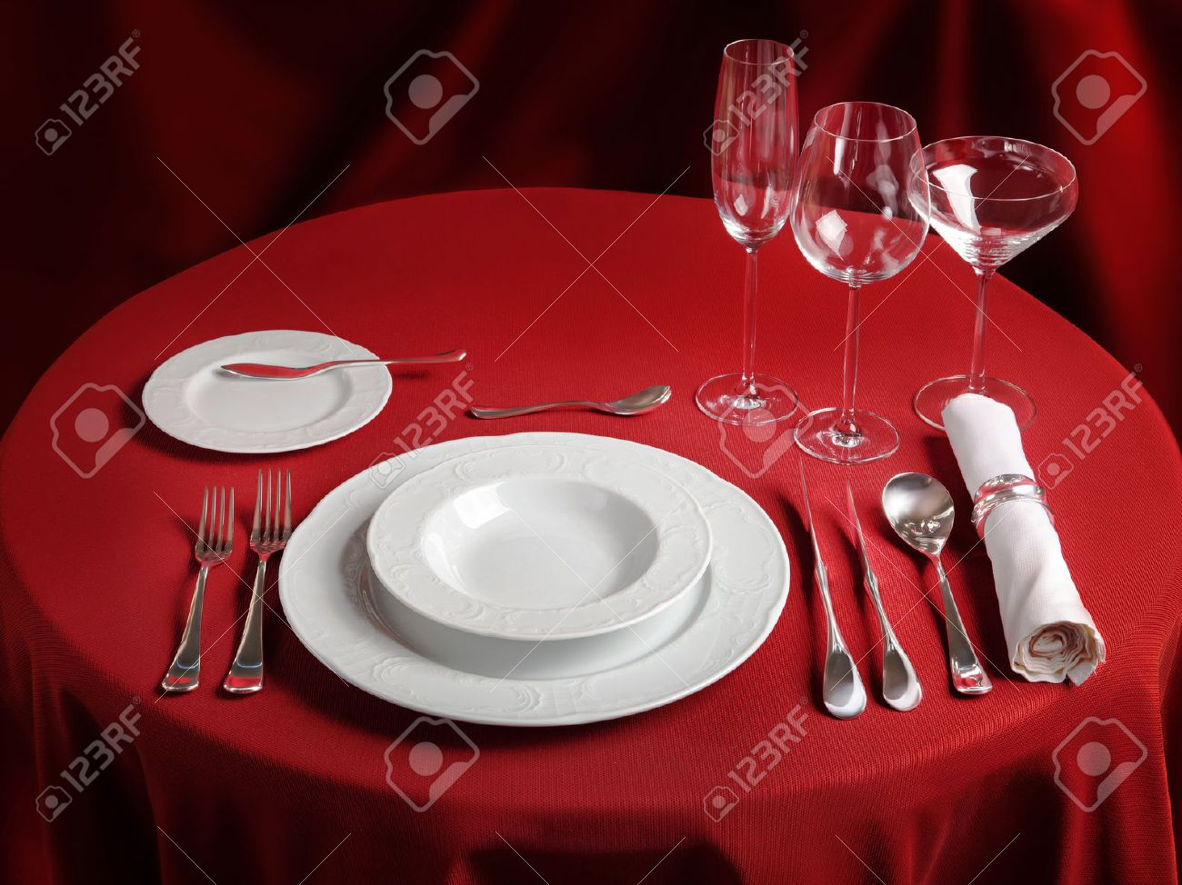 Red Table With Dinner Set. Professional Banquet Table Setting Stock Photo    48794999