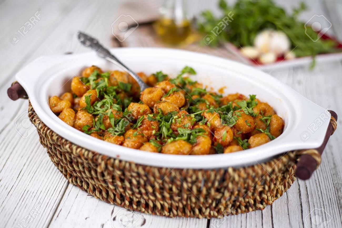 Turkish foods; bulgur garlic meatball (Sarimsakli bulgur kofte) - 152971186