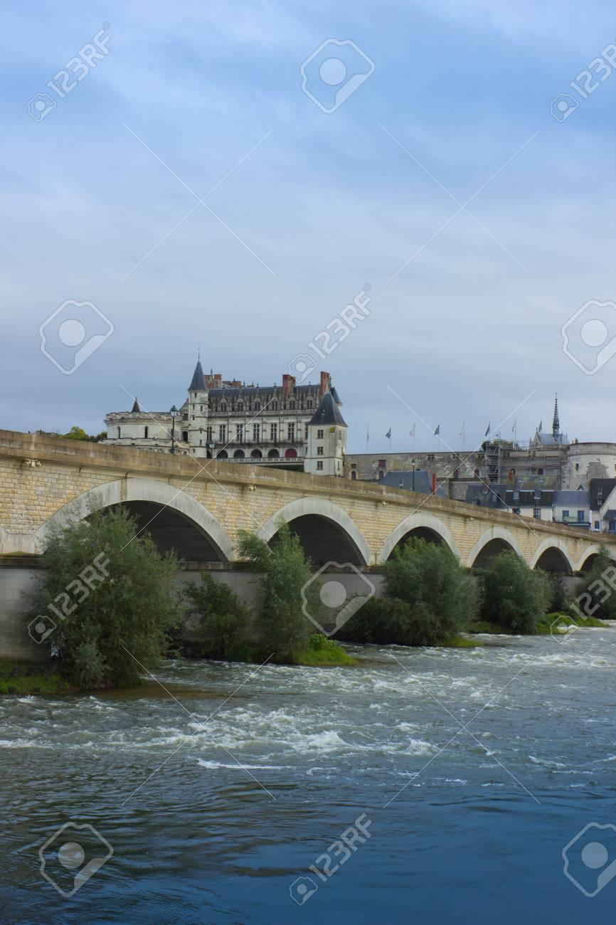 Roman bridge over Loire river and Chateau de Amboise, France Stock Photo - 18369606