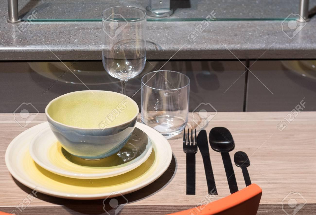 Ungewöhnlich Gekrümmte Küche Frühstück Bar Ideen Bilder - Küche Set ...