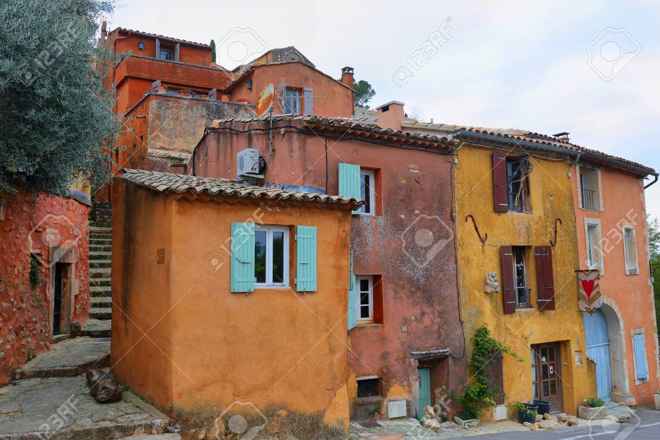 street village of Roussillon, one of the most beautiful villages in France, Europe - 125236552