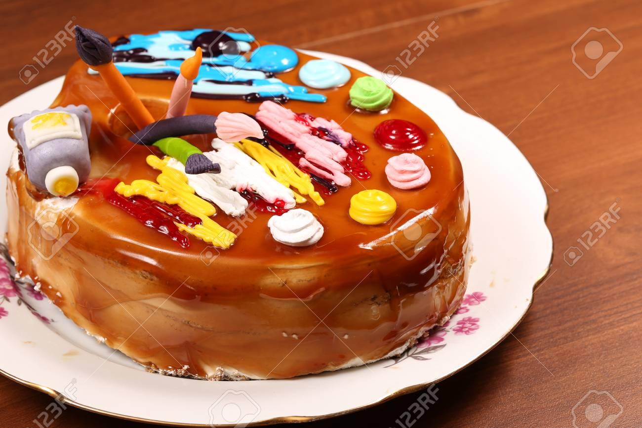 Gâteau D 39 Anniversaire Sous La Forme D 39 Une Palette