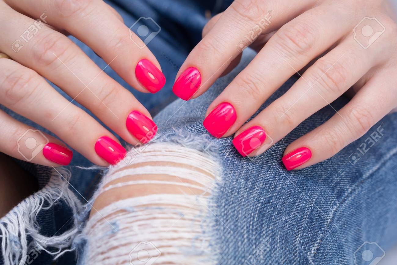Natural nails with gel polish applied. Ideal manicure and women's hands. - 92332556