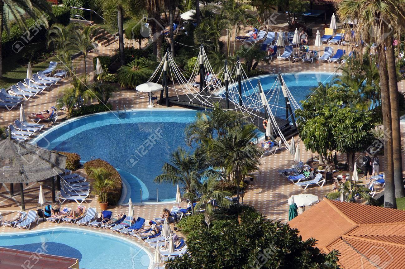 foto de archivo jardines con piscinas puerto de la cruz tenerife islas canarias