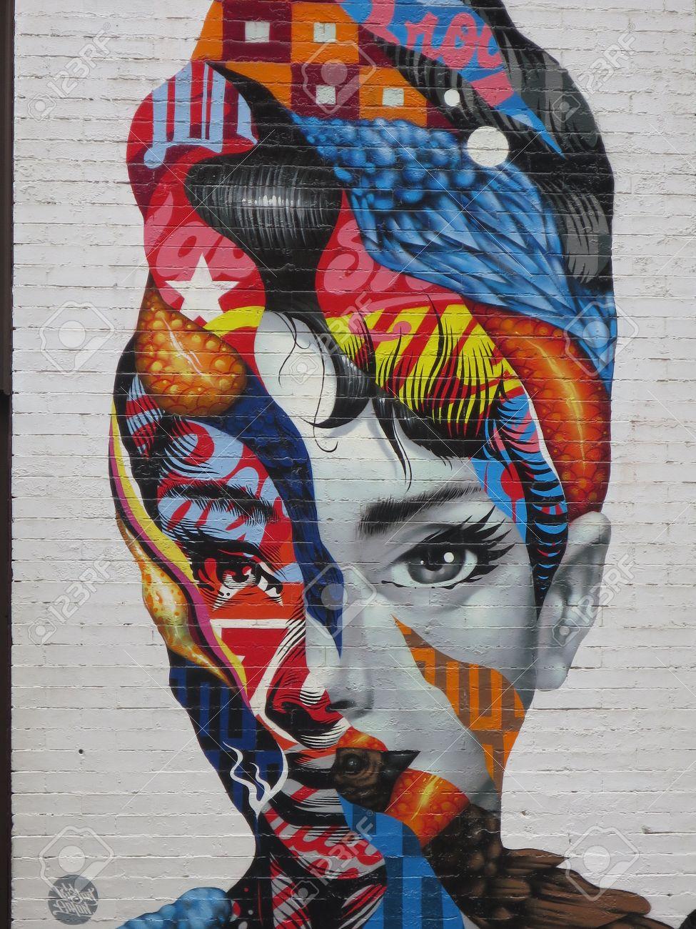Graffiti wall usa - Knstlerisches Graffiti On A Wall In Little Italy New York City Usa Stock Photo