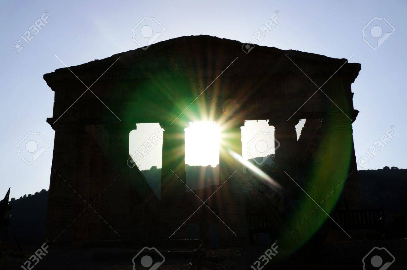 The facade of the Segesta greek temple in Sicily seen in backlight Stock Photo - 15350274