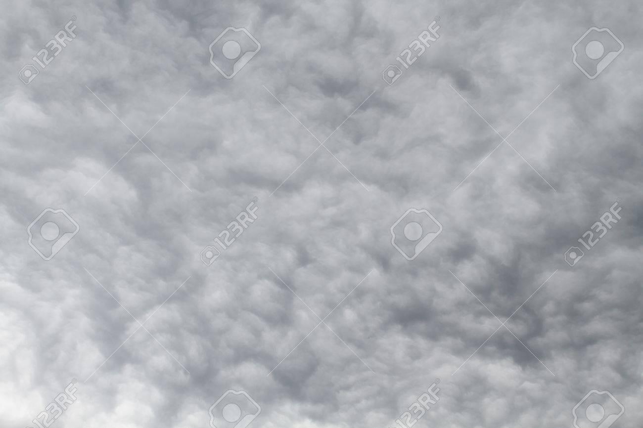 曇りの日の空のテクスチャ の写真素材・画像素材 Image 62247716.