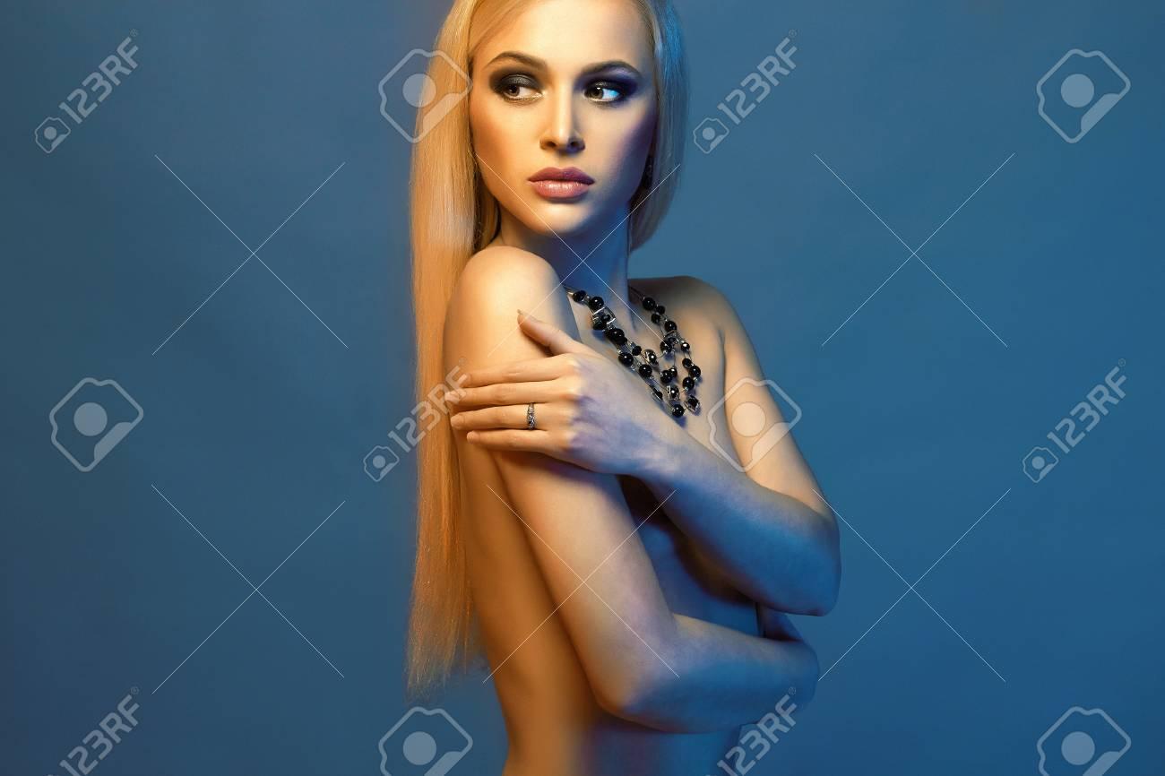 young nude farbigen mädchen