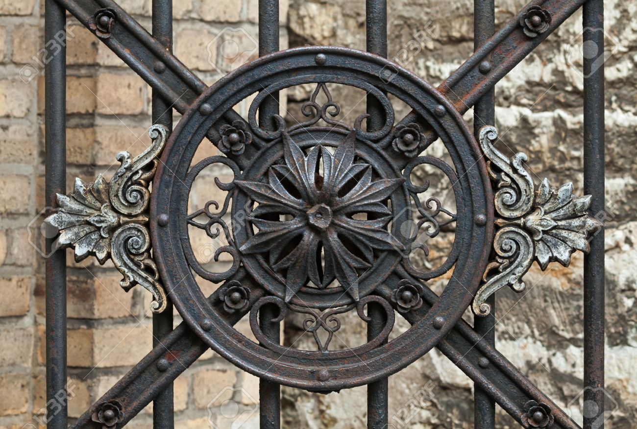 Vintage Forged Decorative Element On Metal Gate In Old Part Of Tallinn,  Estonia Stock Photo