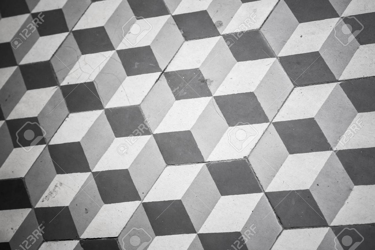 Carrelage Ancien En Noir Et Blanc Sur Le Plancher Modèle Cubique - Carrelage ancien