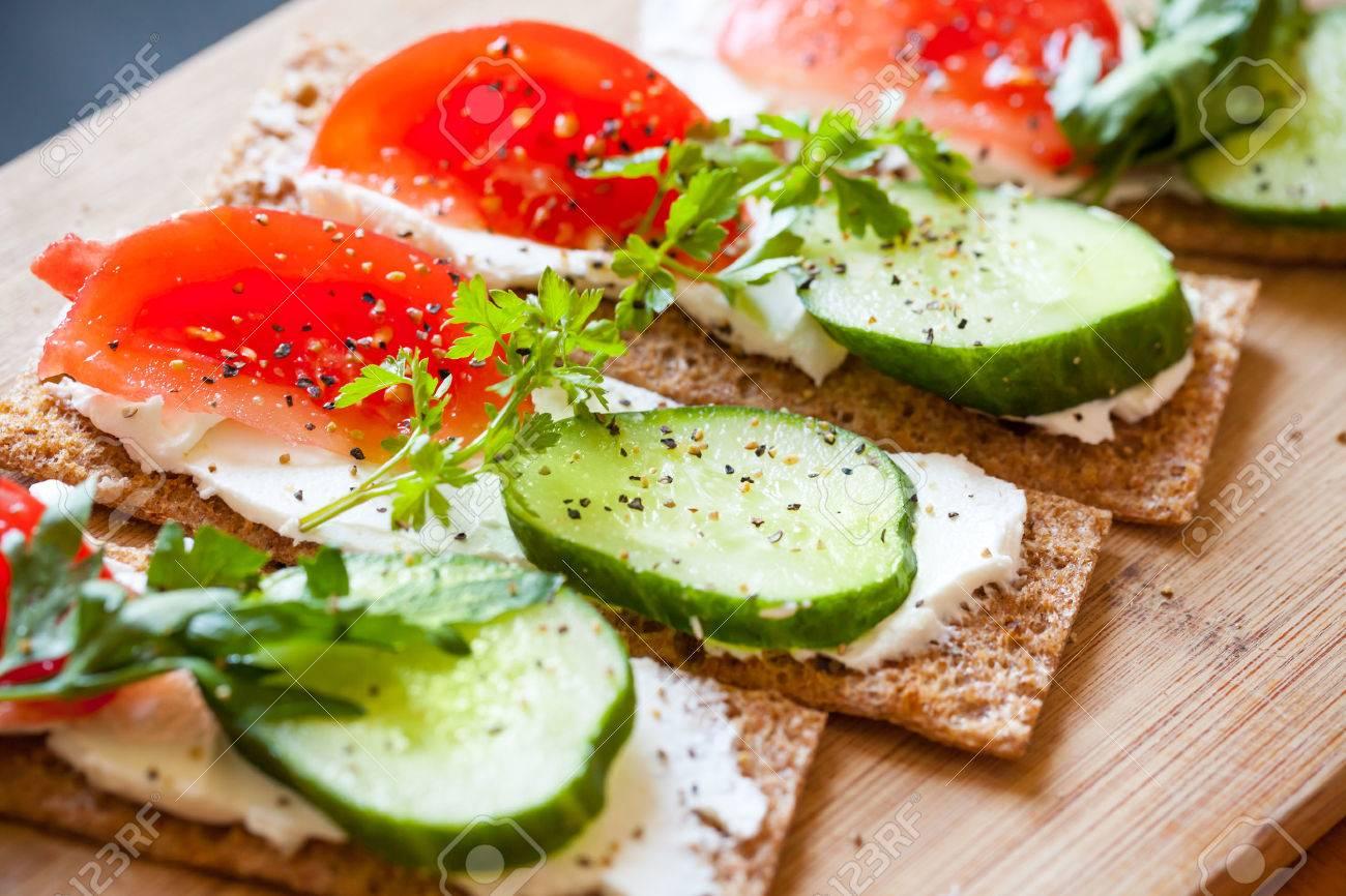 Wonderlijk Thema Gezonde Voeding. Broodjes. Finse Rogge Knäckebröd, Zachte ZS-72