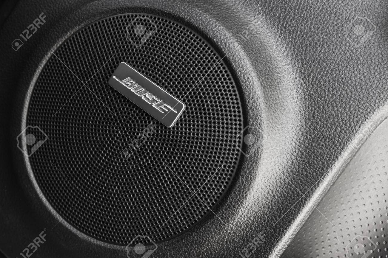 Bose Car Audio >> St Petersburg Russia May 15 2016 Bose Car Audio Component