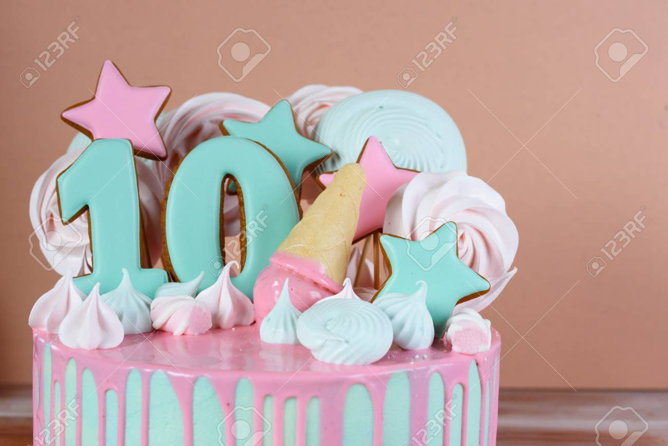 Fantastic Beautiful Birthday Cake With The Number 10 In A Pink Tone And Personalised Birthday Cards Petedlily Jamesorg