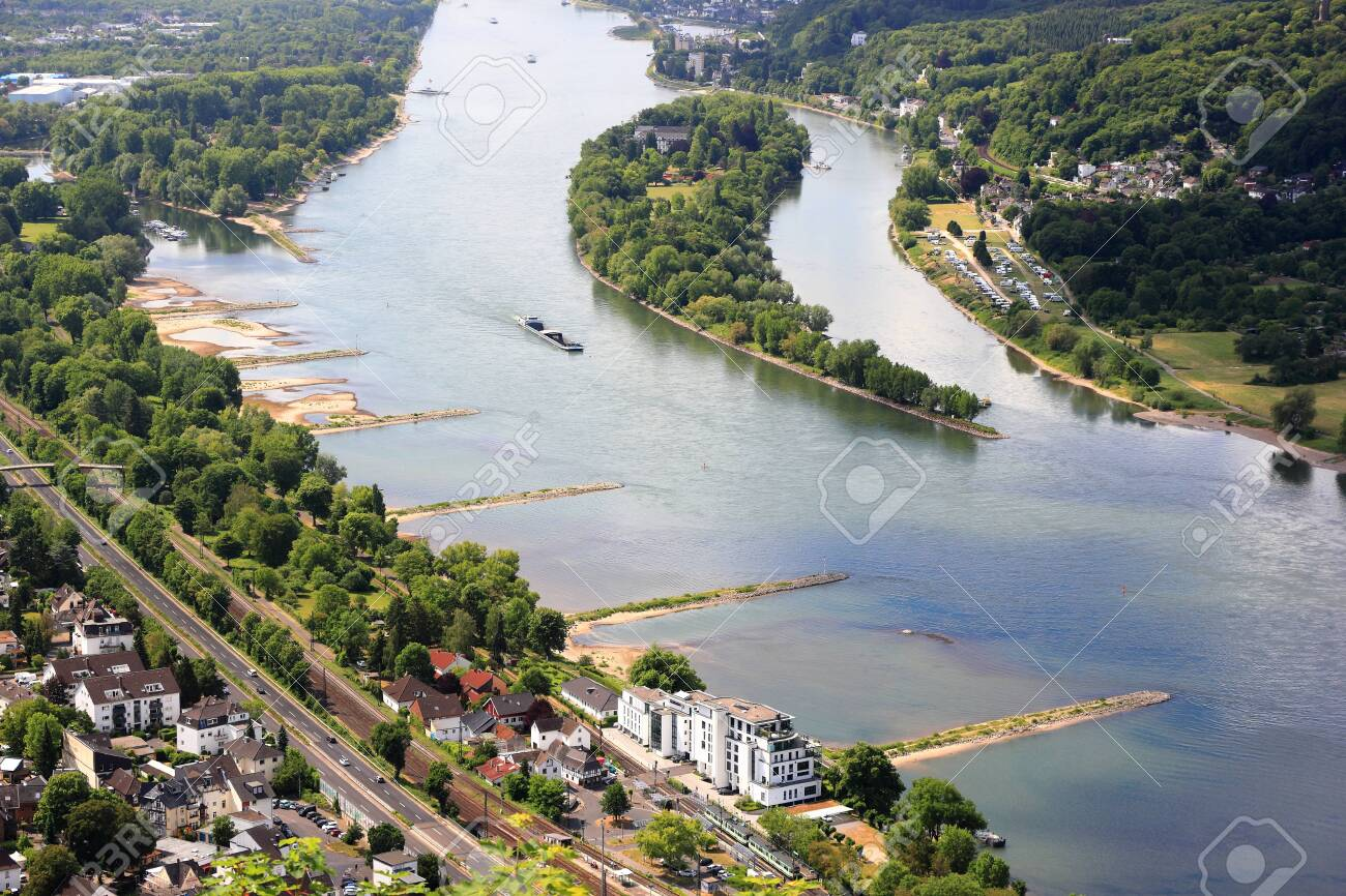 Panarama view from the Drachenfels to the river Rhine and view of Nonnenwerth Island. Bad Honnef near Bonn, Germany. - 149571272