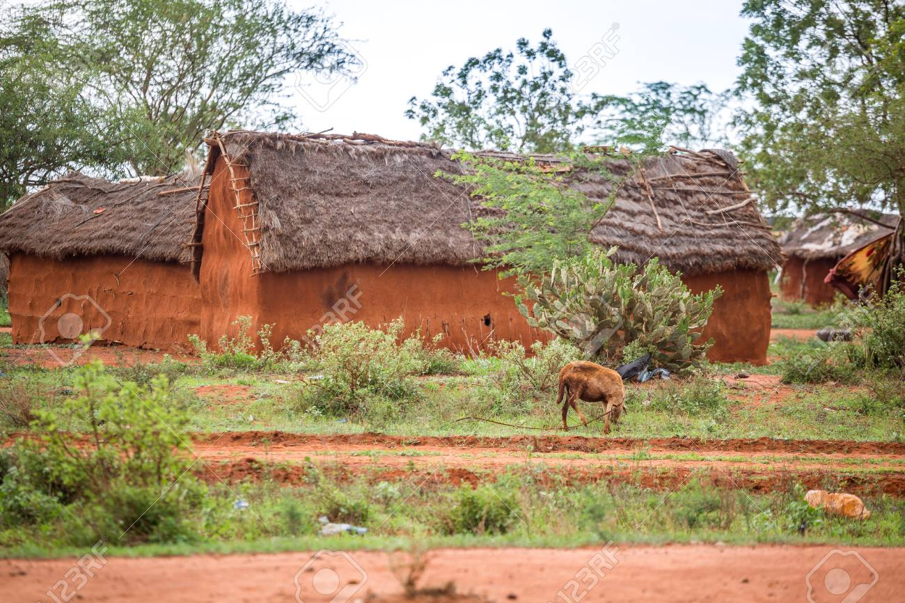 traditional mud african houses in kenya east africa stock photo rh 123rf com
