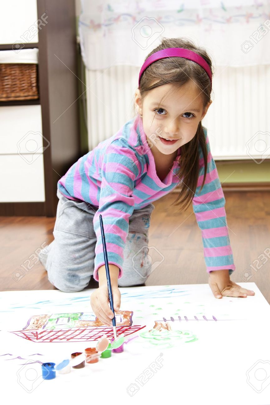 Little Girl Making A Draw Concept Stock Photo, Picture And Royalty ...