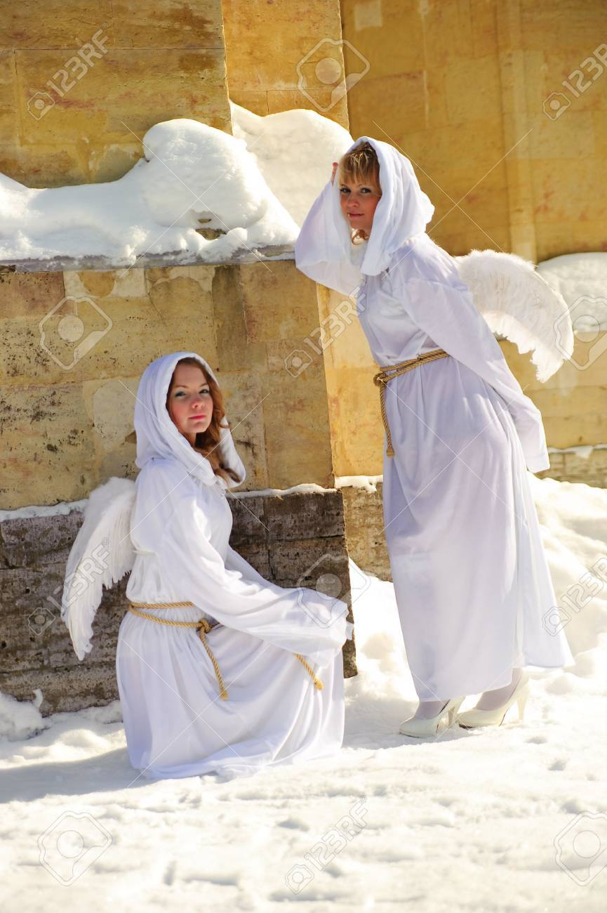 Two white angels Stock Photo - 7639802
