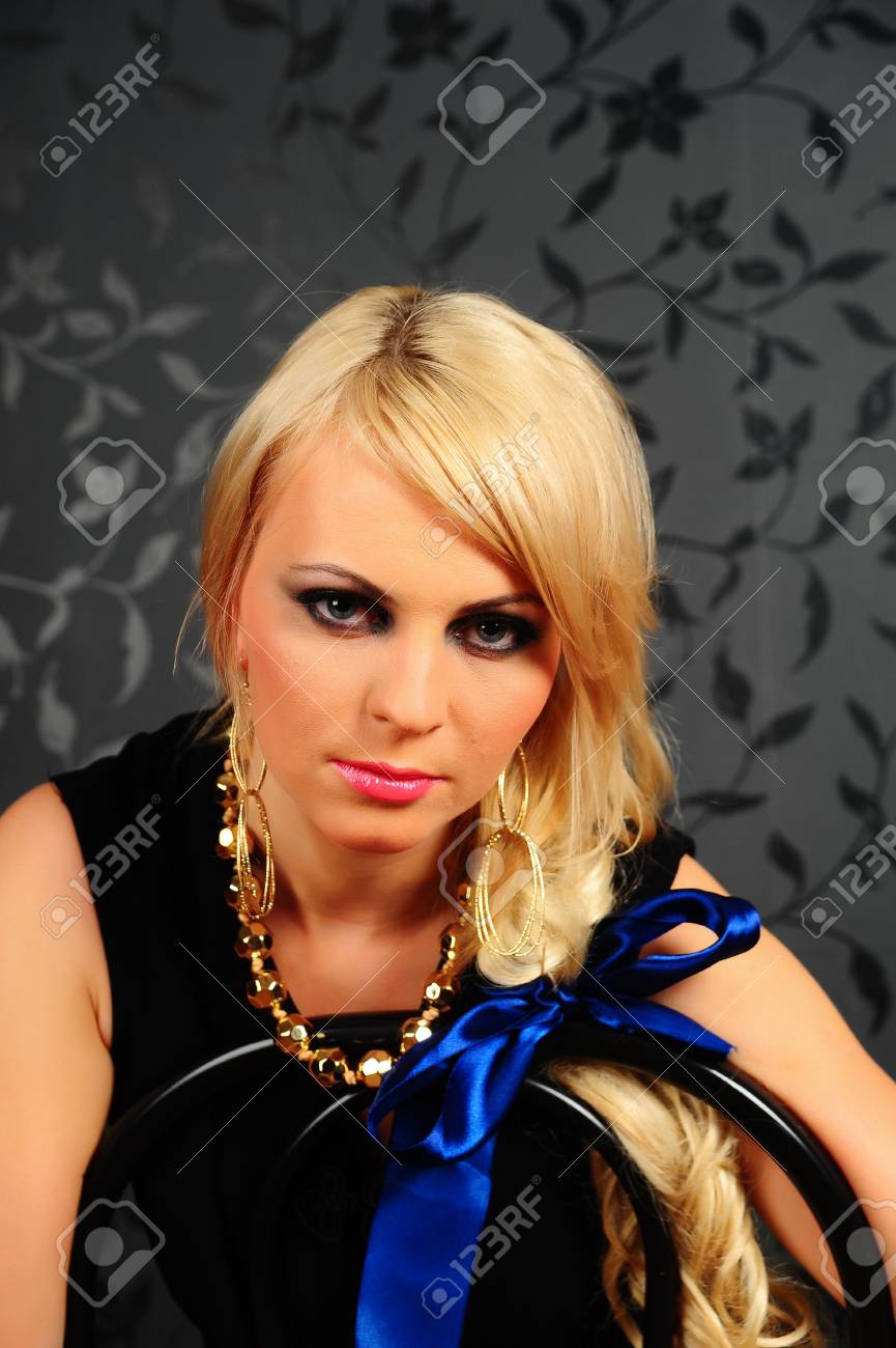 Blonde with bright makeup Stock Photo - 8320198