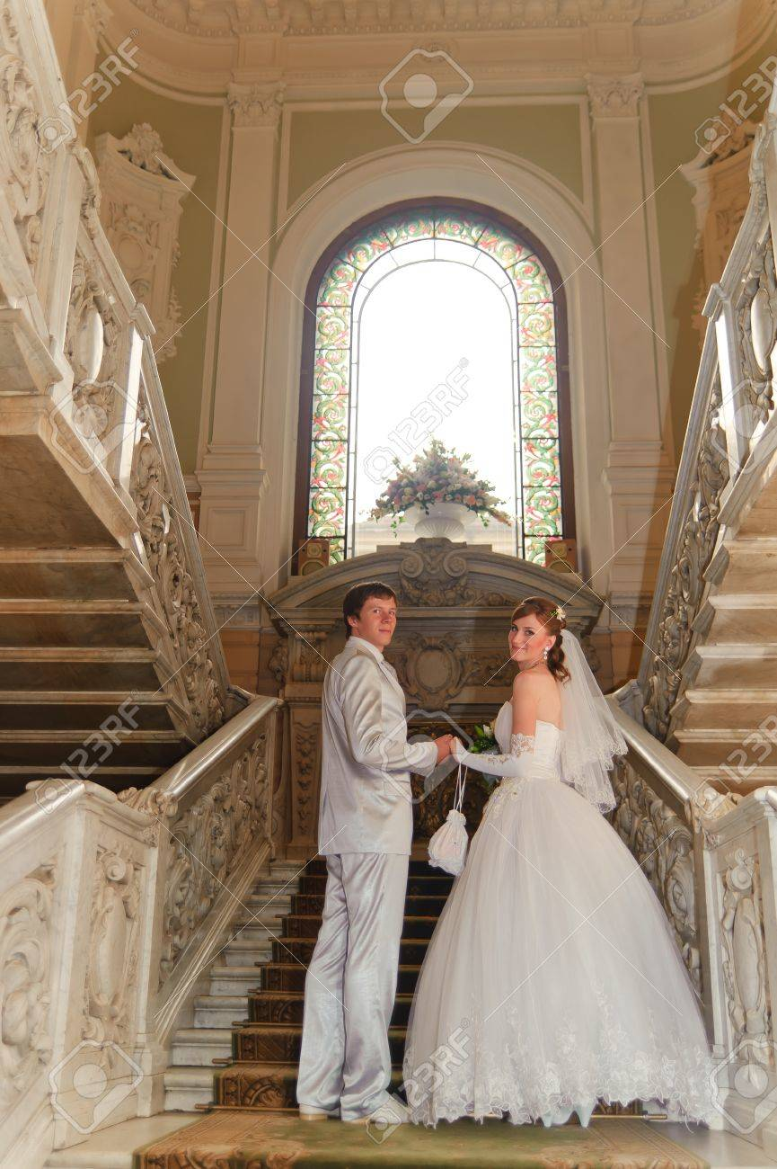 newlyweds in a beautiful palace Stock Photo - 9000224