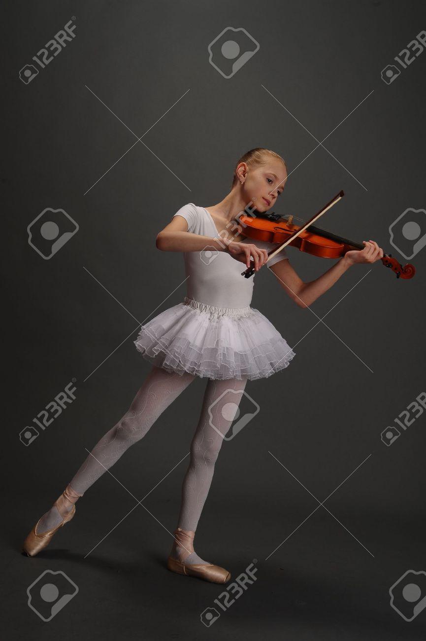 Ballerina Girl with violin Stock Photo - 9423723