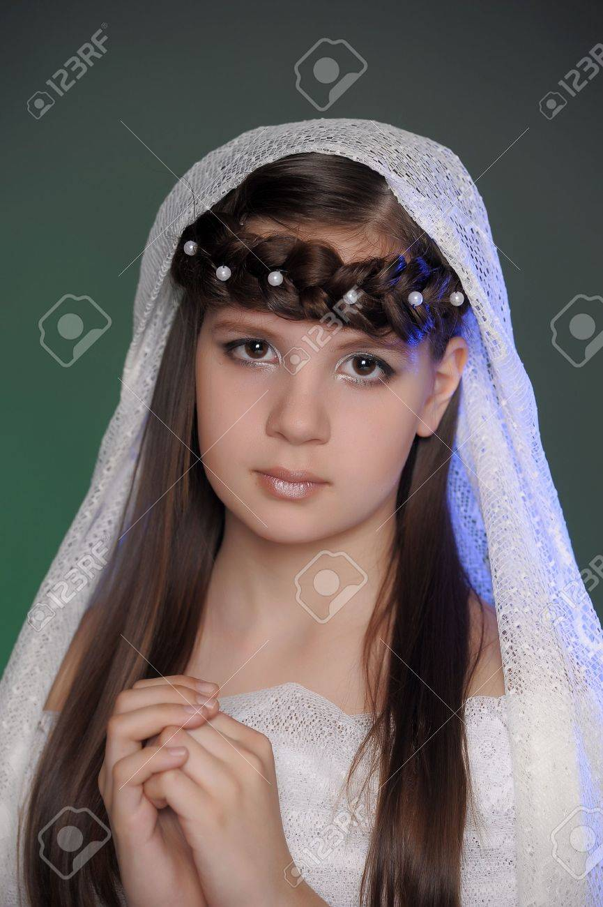 portrait of a beautiful young girl Stock Photo - 10577942
