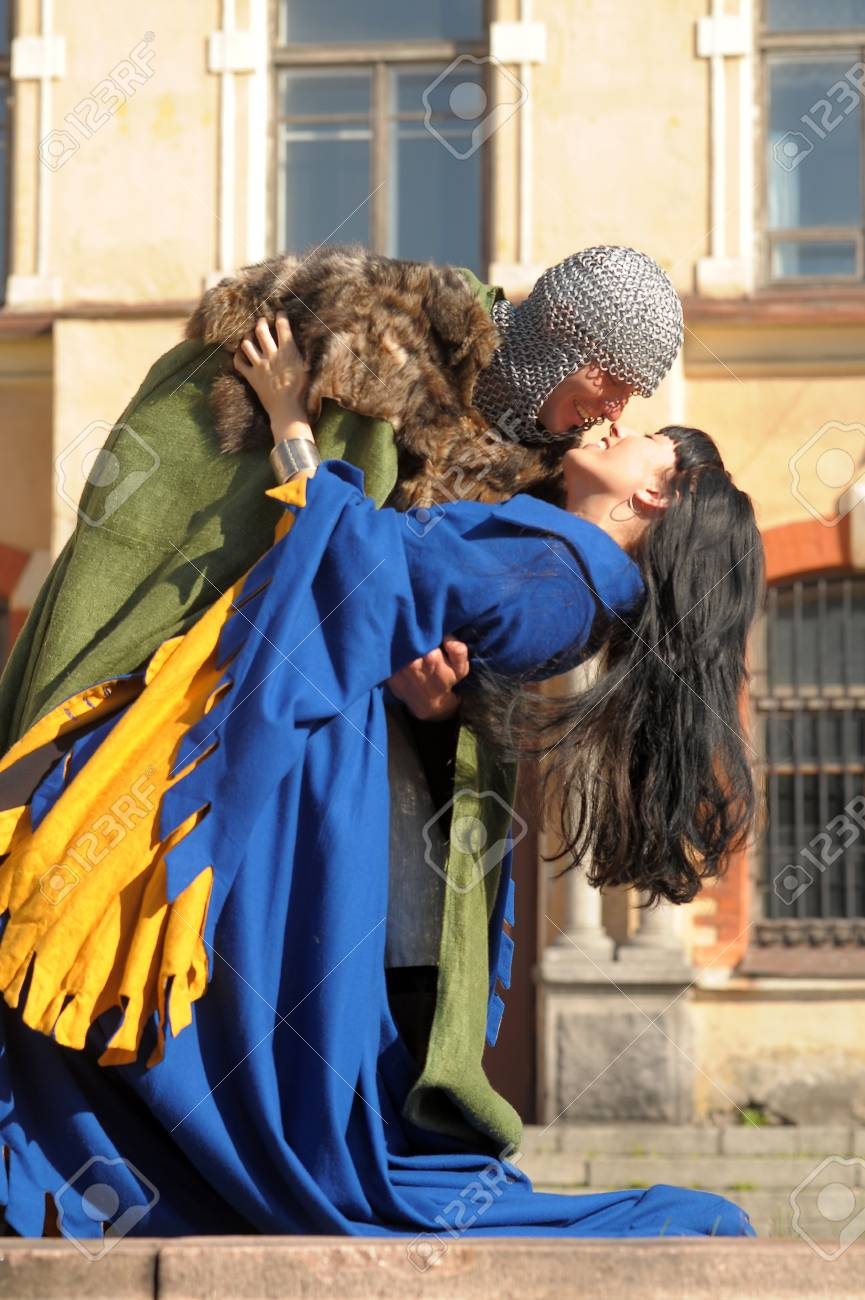love story in the medieval style Stock Photo - 14291351