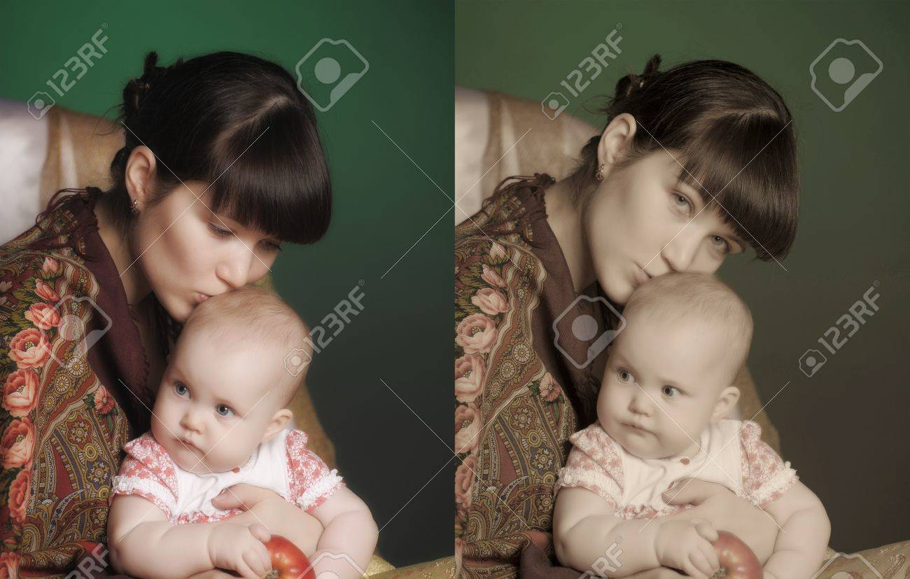 Russian woman with a child Stock Photo - 14403488
