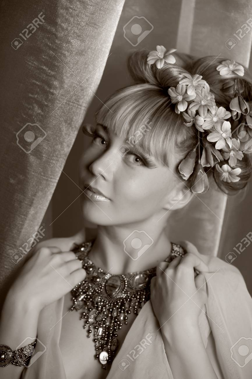 The flower fairy with a beautiful necklace Stock Photo - 11964665