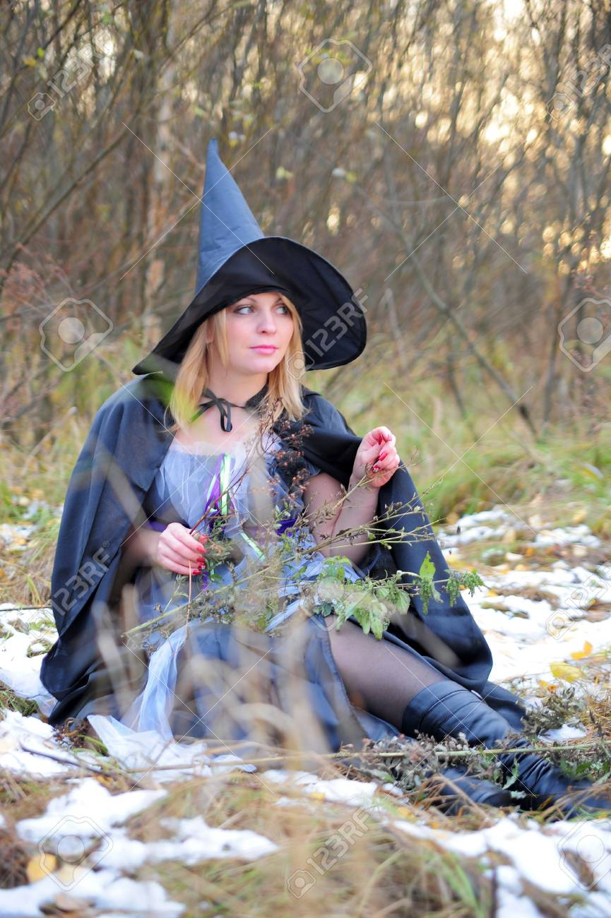 witch in the woods Stock Photo - 12375789