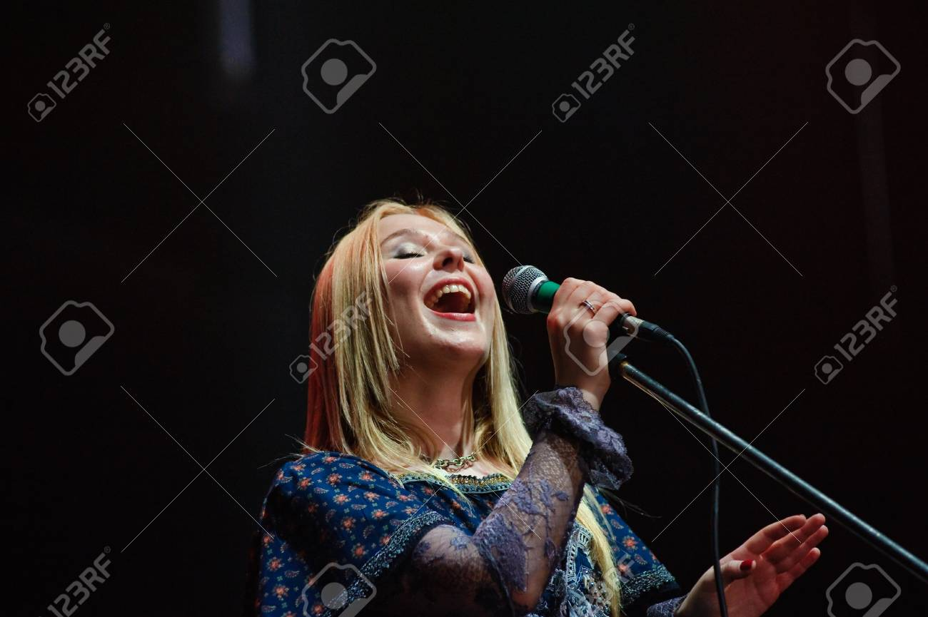 Singer Pelagia appeared in a new image on the Voter KiViNe 07/22/2015 97