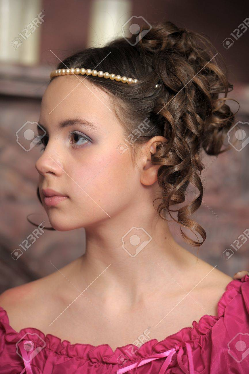 Young victorian lady Stock Photo - 12443071