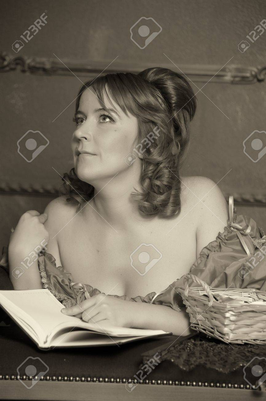 medieval lady with the book Stock Photo - 13480172
