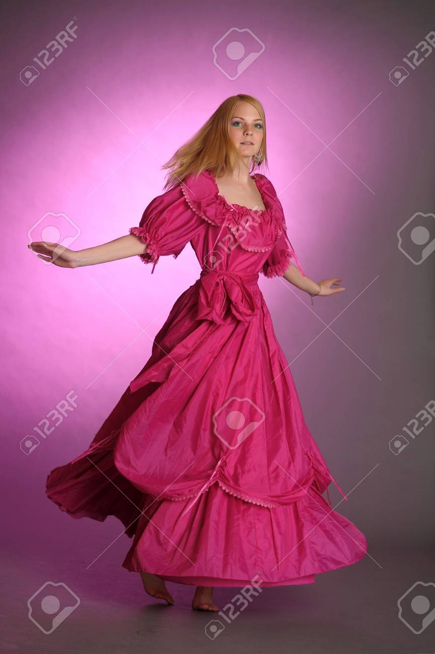 the girl in an ancient pink dress Stock Photo - 13929106