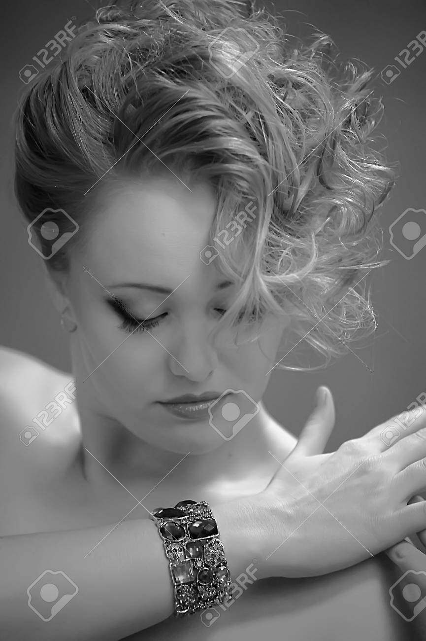 Retro jewelry woman Stock Photo - 14187122