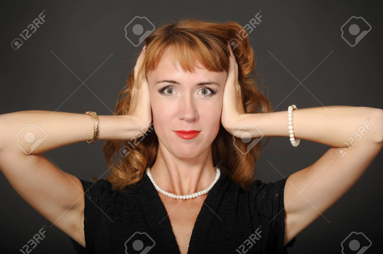 Woma not listening Stock Photo - 15231327