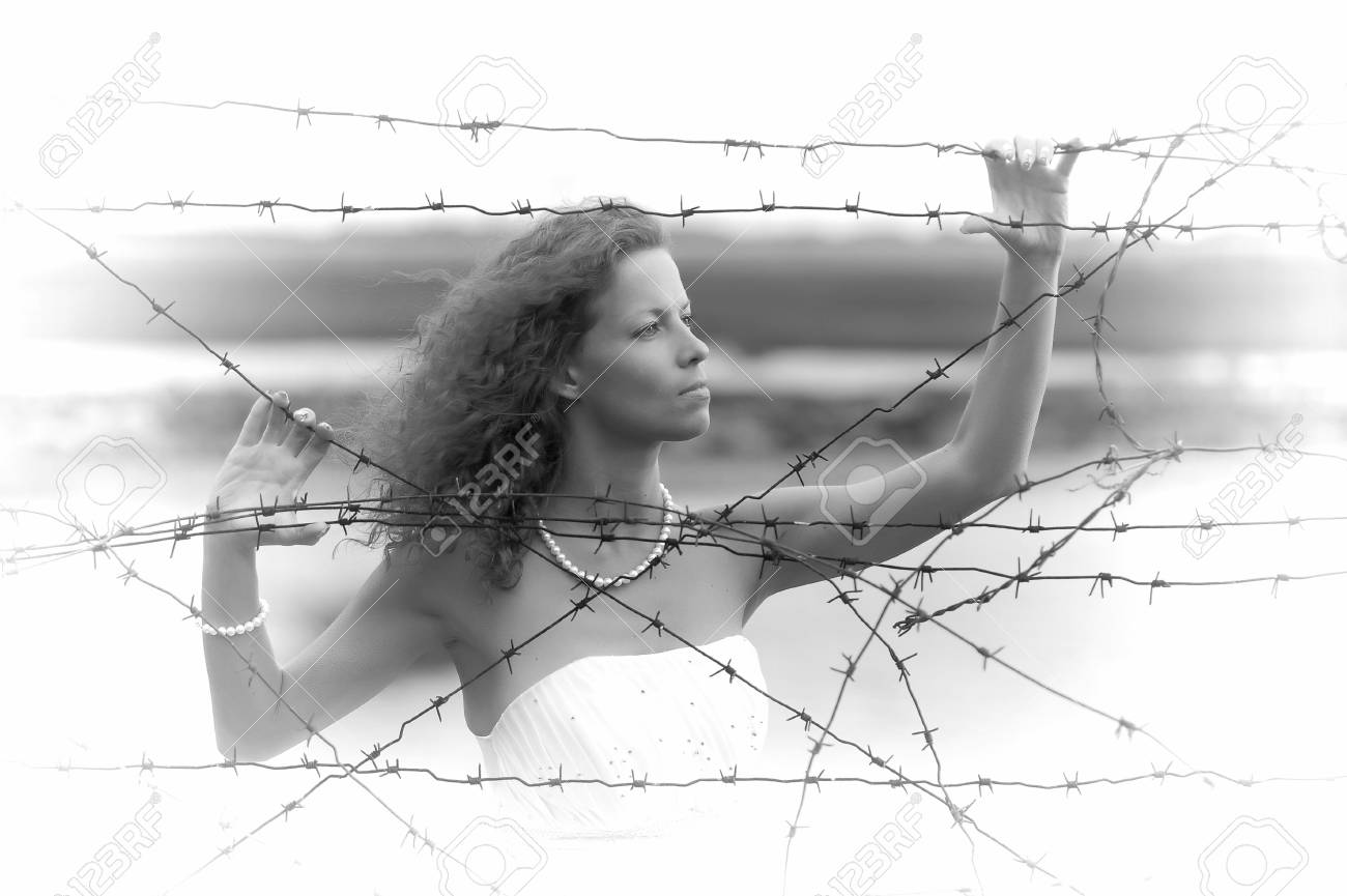 Bride with barbed wire Stock Photo - 15392458