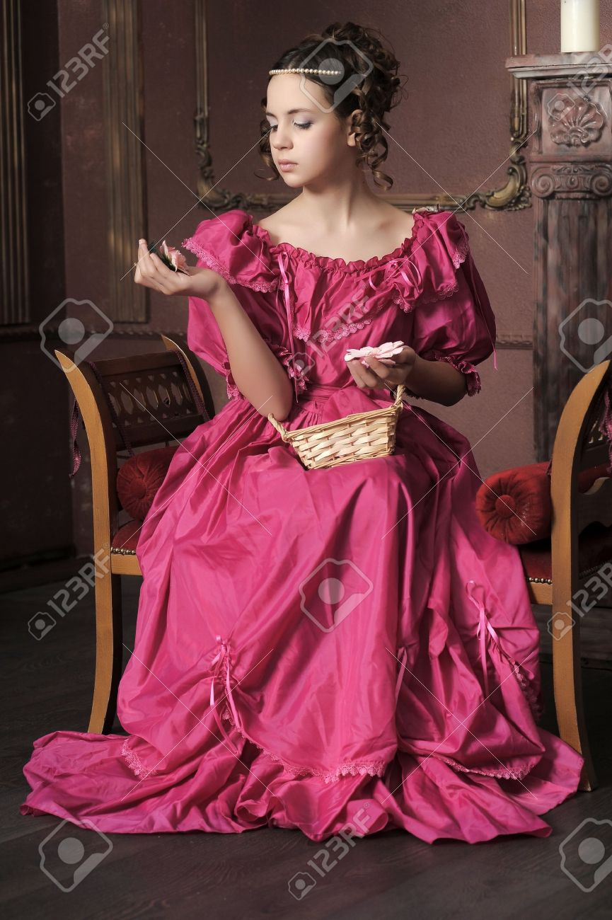 Young victorian lady Stock Photo - 15412373