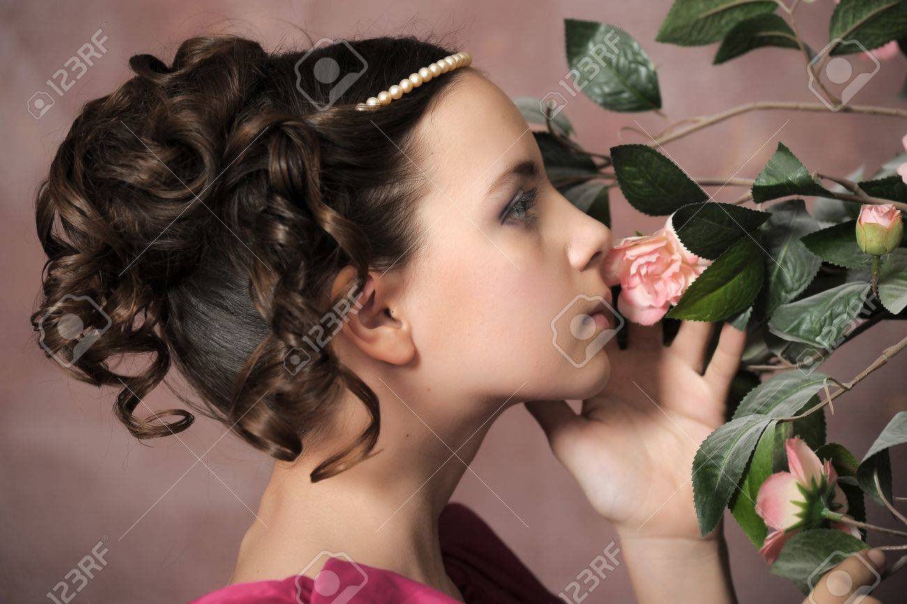 Young victorian lady Stock Photo - 15412378