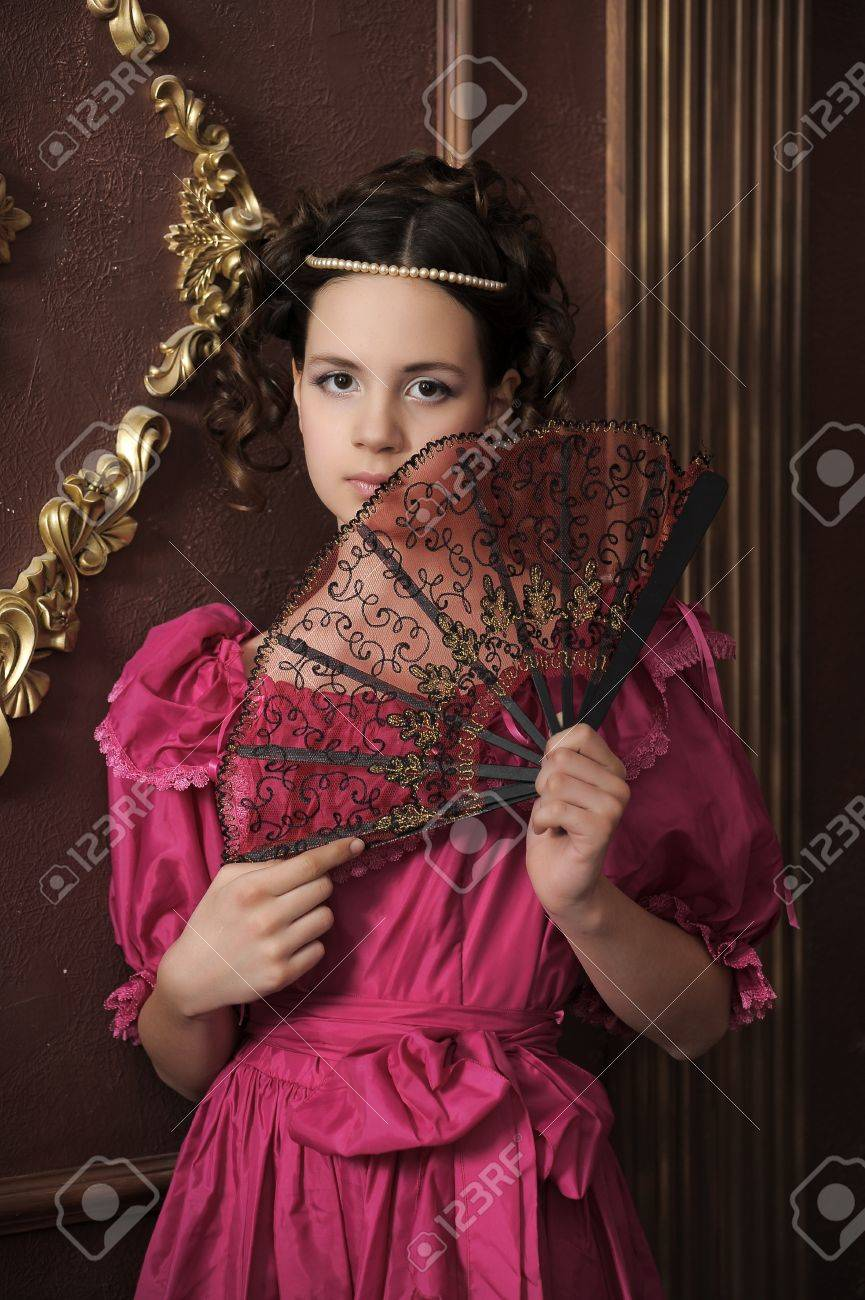 Young victorian lady Stock Photo - 15412455