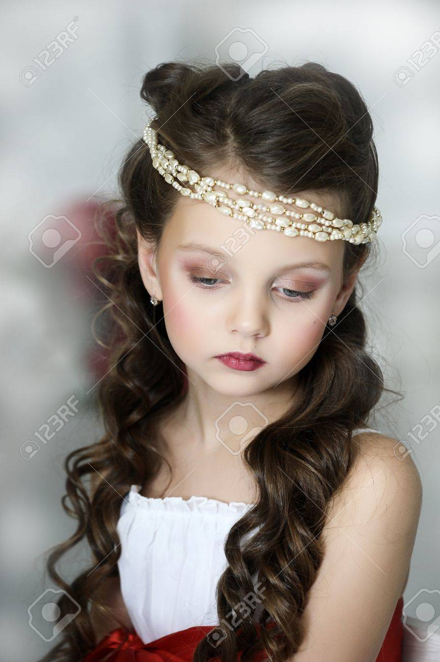 portrait of a girl with a Victorian style Stock Photo - 17179417