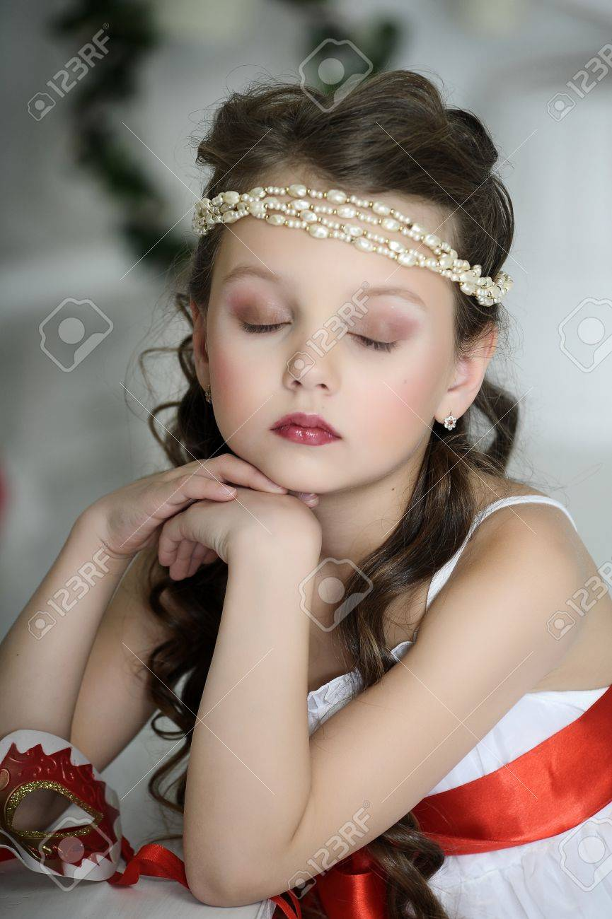 portrait of a girl with a Victorian style Stock Photo - 17179422