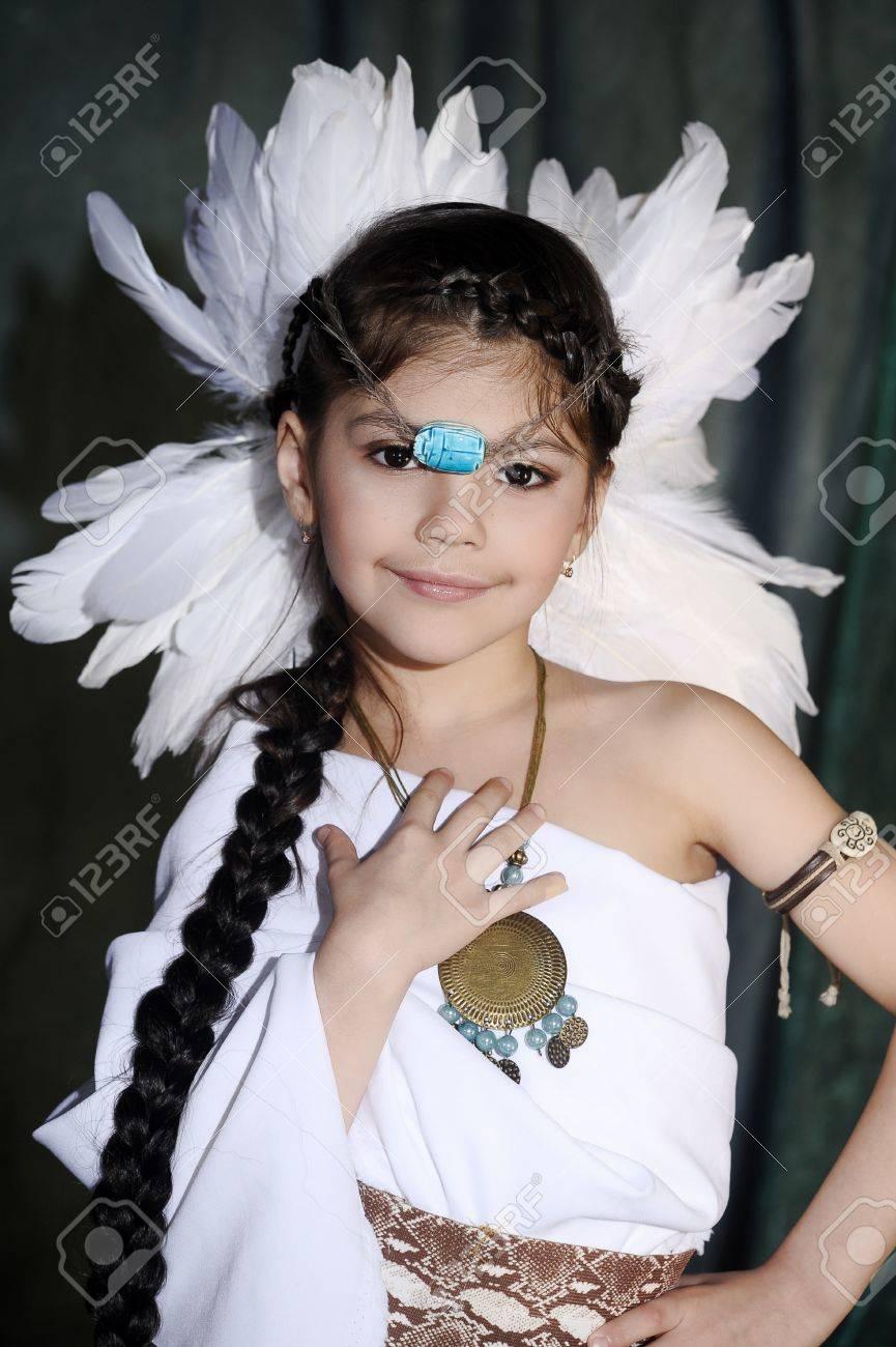 American Indian Girl Stock Photo - 19124279